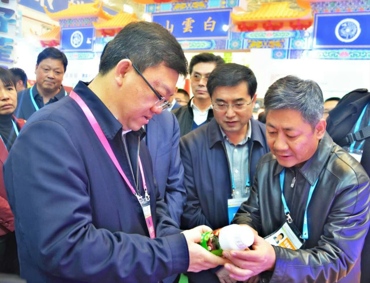 """""""多物""""农用酵素成23届农高会焦点  助高端农业发展"""