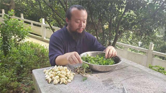 湖南快乐农民无量子感谢党和政府的惠农政策