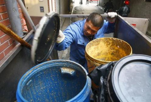 餐厨垃圾变肥料改良土壤少污染 专家:还需长期实验